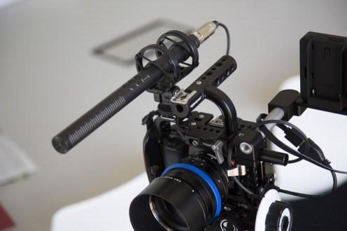 RØDE NTG4+ auf DSLR-Kamera