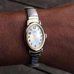 Don't for get to reset all of your watches and clocks. (Photo: Creative Commons/By That Girl)