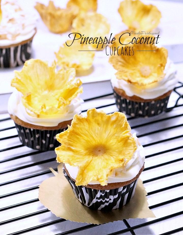 pineapple coconut cupcakes | fiestafriday.net