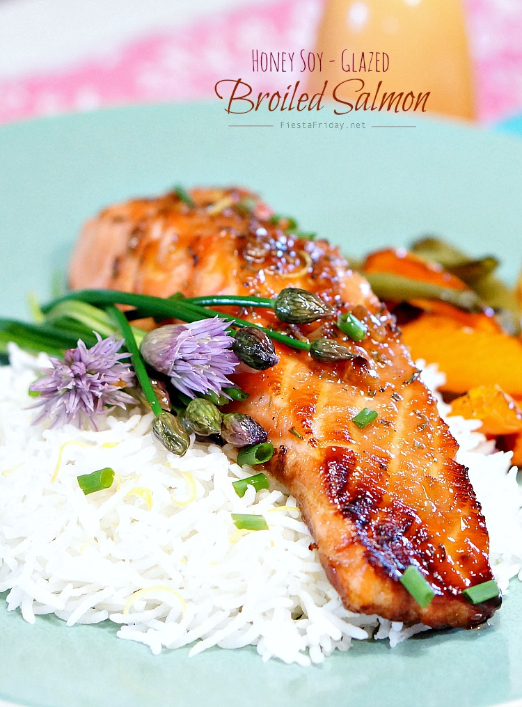 honey soy glazed broiled salmon | fiestafriday.net