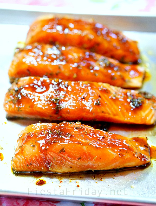 salmon with honey soy sauce glaze | fiestafriday.net