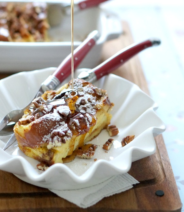 maple syrup on french toast casserole | fiestafriday.net