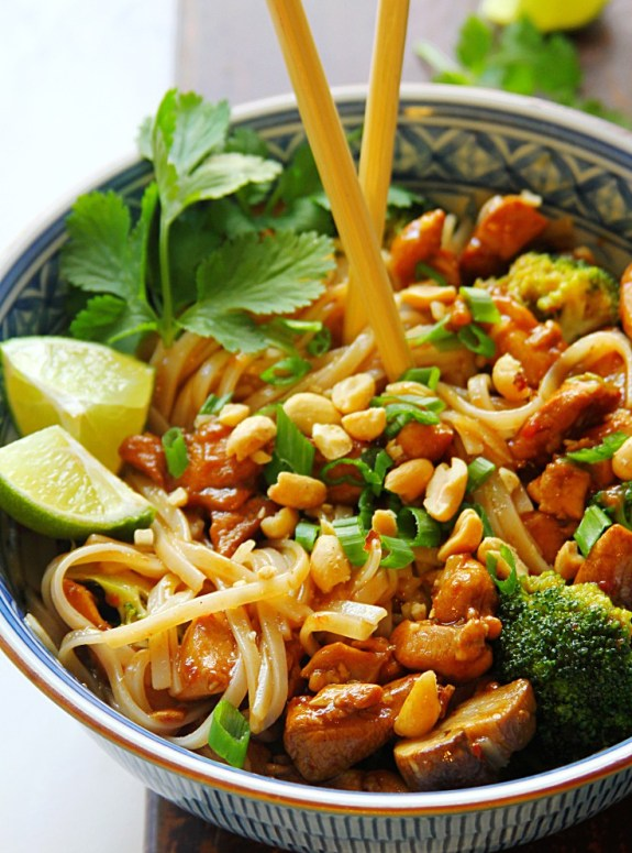 SPICY-KUNG-PAO-CHICKEN-NOODLE-BOWL