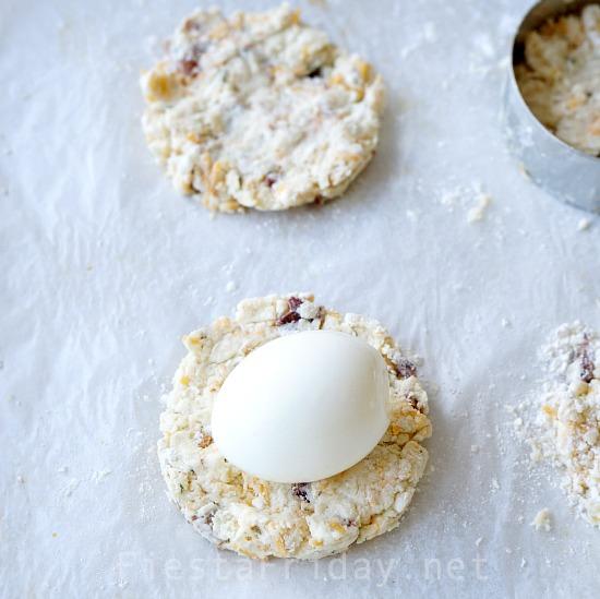 how-to-stuff-biscuits   fiestafriday.net