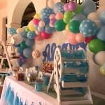 Candy bar o Mesa dulce con arco de globos orgánico
