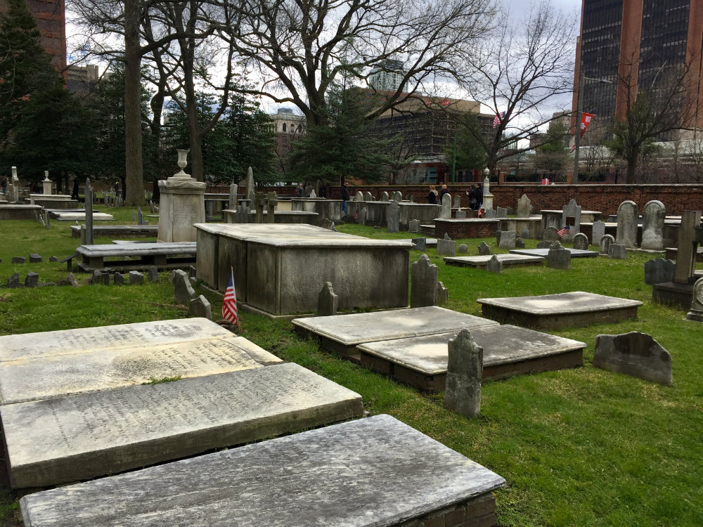 Things to do with kids in Philly, looking at Ben Franklin's grave at Christ Church cemetery in Philadelphia.