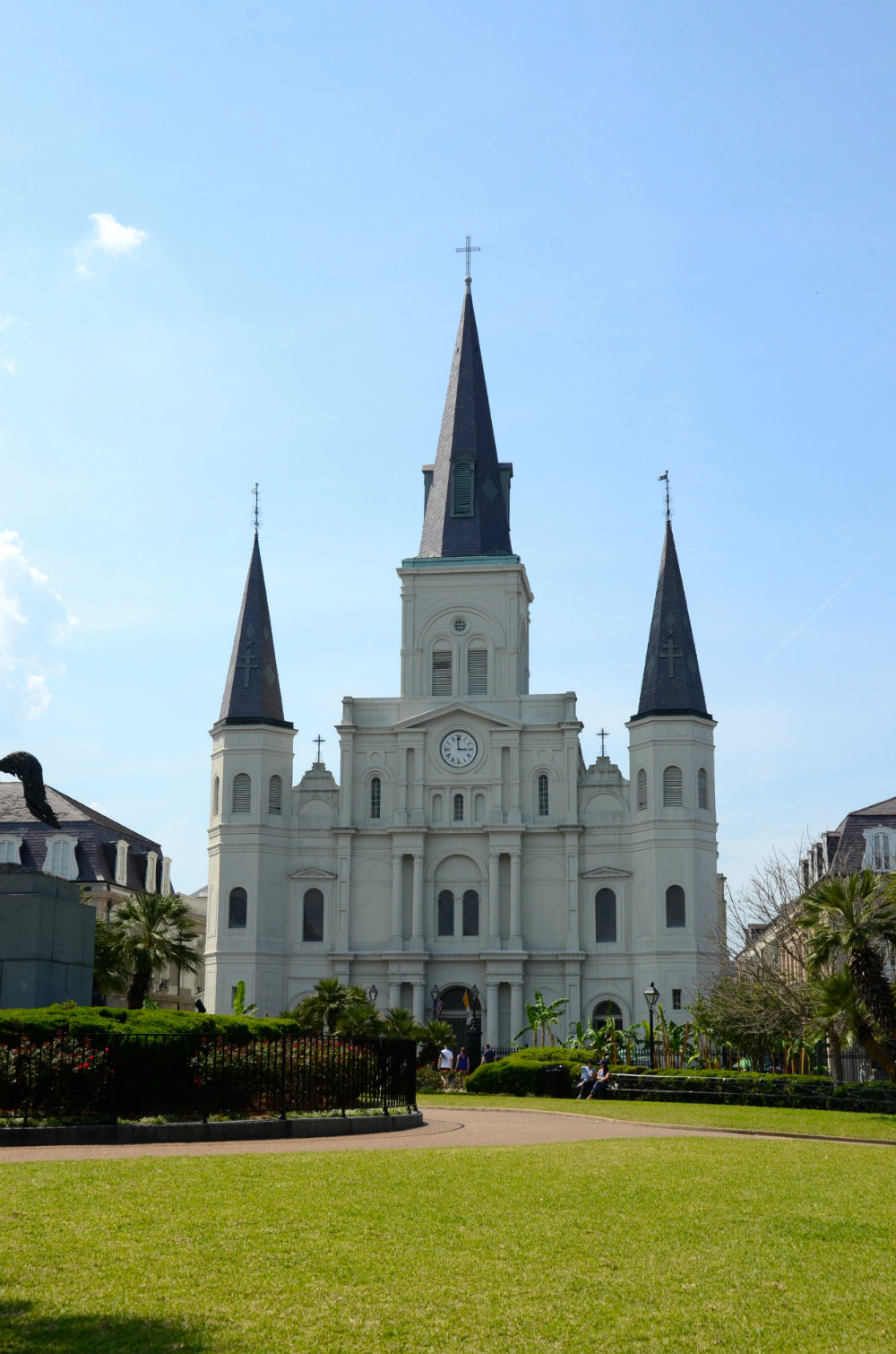 Kids admiring St. Louis Cathedral in New Orleans