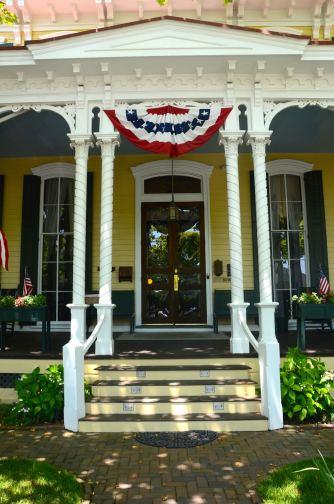 Cape-May-NJ-house-entrance-
