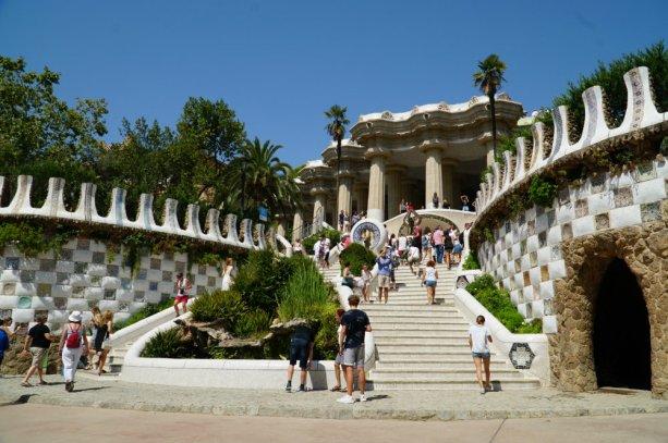 park-guell-entrance-barcelona-