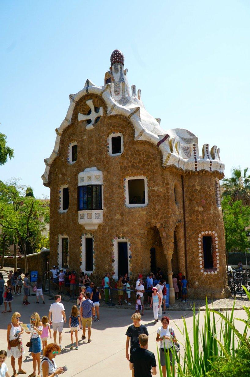 park-guell-house-barcelona-