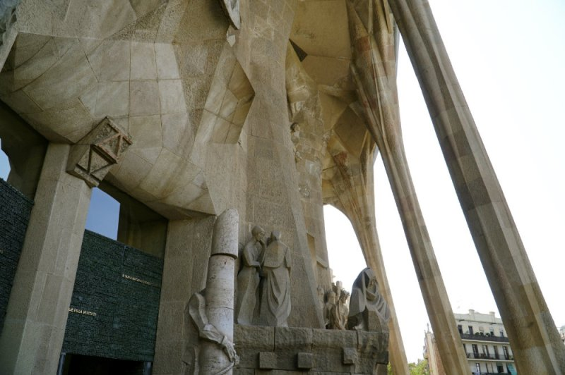 A visit to the Sagrada Familia in Barcelona with kids.