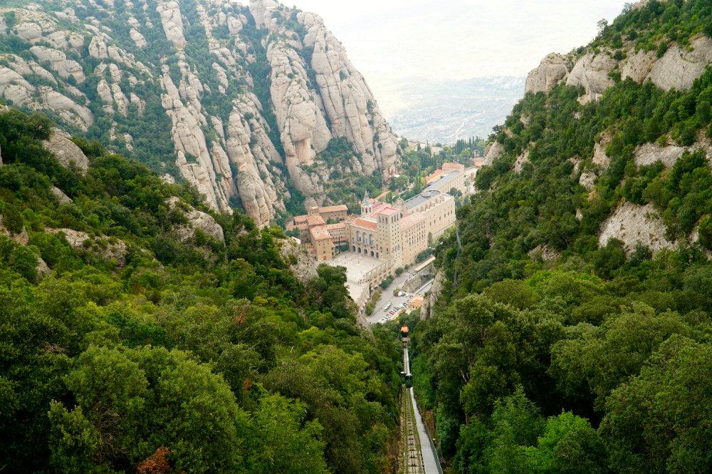 Barcelona Day Trip: A Visit to Mesmerizing Montserrat