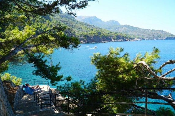 Mallorca-Deia-Es-Moli-cove-