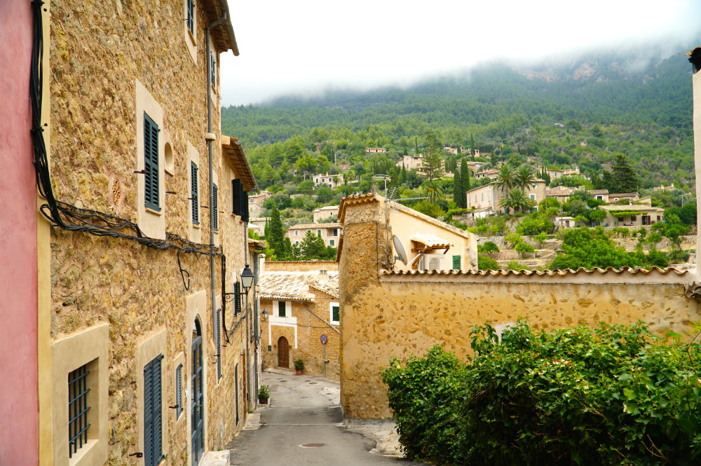 Mallorca-deia-view-