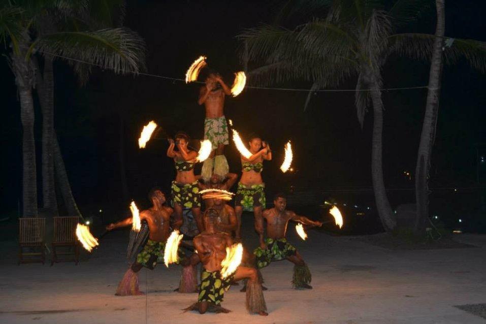Light show on family escape to Fiji