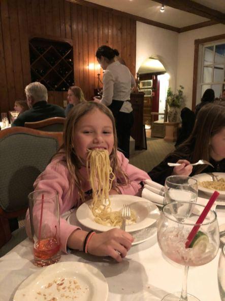Swiss-Hutte-restaurant-pasta-