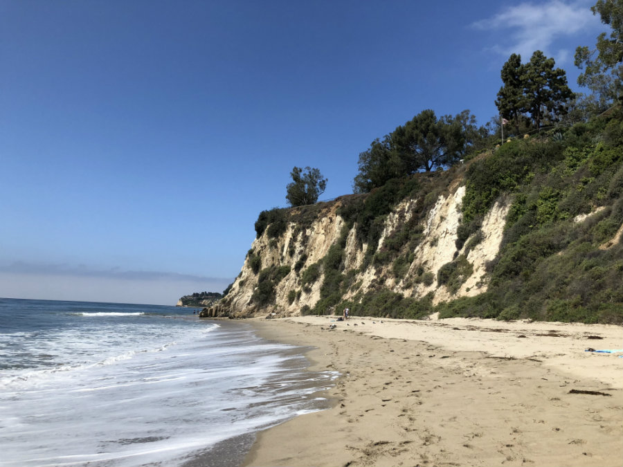 Paradise Cove in Malibu with kids, sandstone cliffs