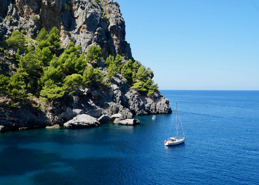 Travel writer and blogger in Soller, Mallorca, Spain