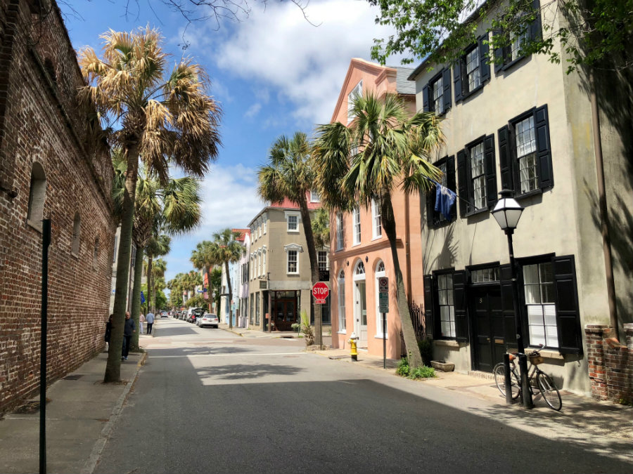 Charleston architecture, walking the streets