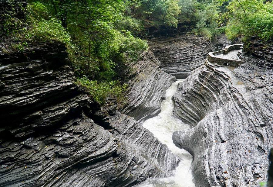Watkins Glen State Park: Guide to New York's Most Unusual Park
