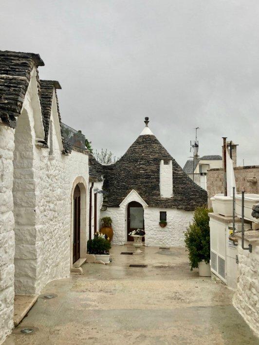 Alberobello Puglia trullo