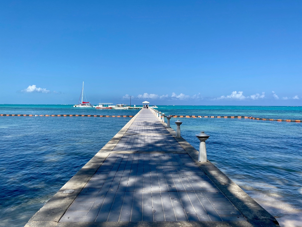 Rum-Point-Grand-Cayman-pier