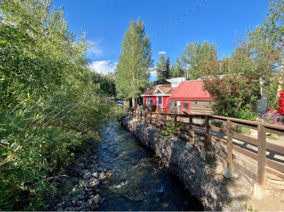 Downtown-Crested-Butte-CO-stream