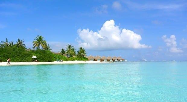 maldives-262507_640