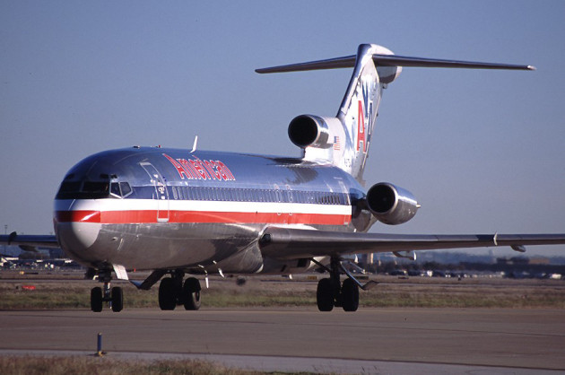 Boeing 727-200 similar to the one that disappeared from Angola in May 2003