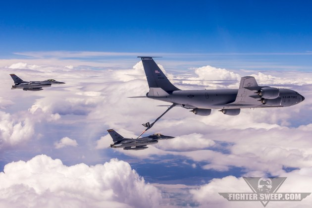 """A Boeing KC-135R Stratotanker from the 141st Air Refueling Wing """"drags"""" a flight of F-16Cs of the 162nd Fighter Wing during Exercise Sentry Eagle 2015. (Photo by Scott Wolff)"""