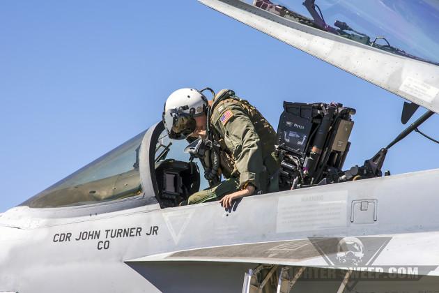 VFA146_Dismount_SentryEagle