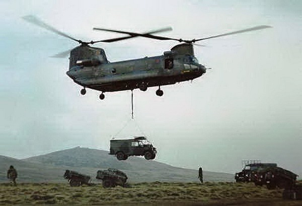 Bravo-November-Chinook-Falkland-Islands-1982