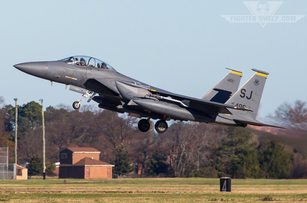 """Augmented the """"red"""" force were F-15E Strike Eagles from the 336th FS """"Rocketeers"""" out of Seymour Johnson AFB (photo by Jonathan Derden)"""