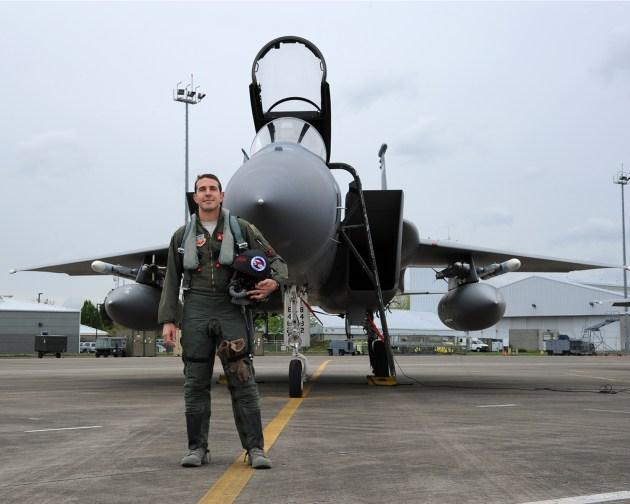 Escadrille To Eaglejet: One Family's Legacy...glejet: One Family's Legacy...
