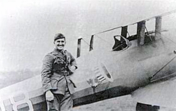 Lt Douglas Campbell