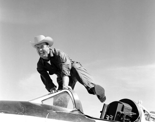 joe-walker-test-pilot
