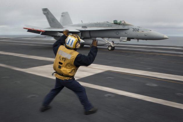 f-18-landing-uss-carl-vinson