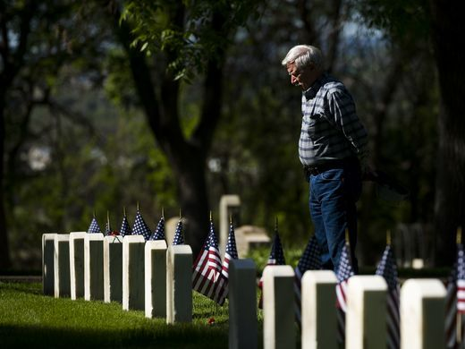 Memorial Day at the Evergreen Cemetery