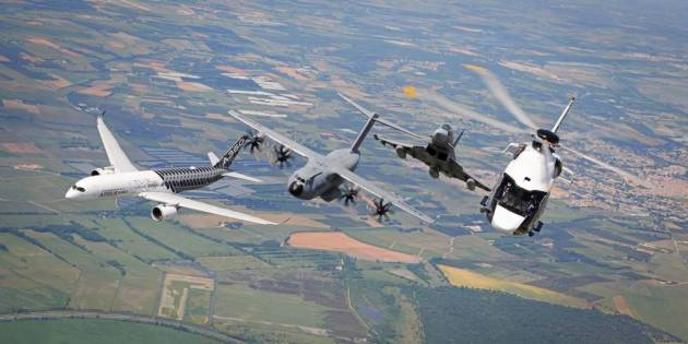 airbus-formation-flight-paris-airshow-family-flight