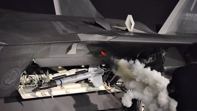 f-22-engine-start-up