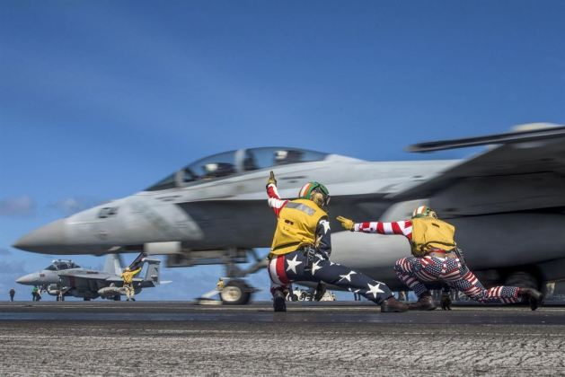 launch of an FA-18F Super Hornet on the flight deck of the aircraft carrier USS Ronald Reagan