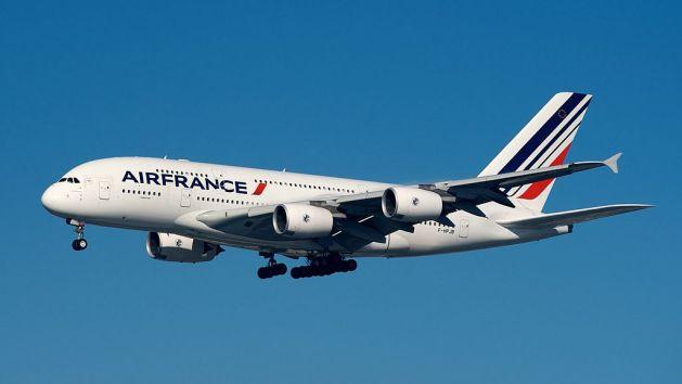 Air_France_Airbus_A380-800