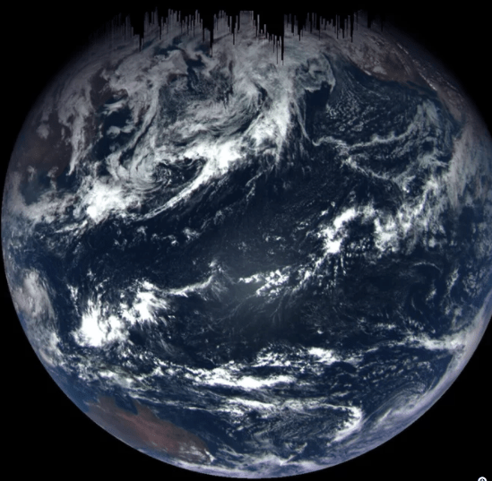 NASA's_OSIRIS-REx_asteroid-sampling_spacecraft_captured_this_photo_of_Earth
