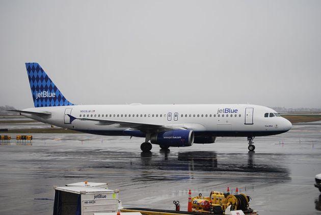 jetblue aircraft skids on ice off runway boston logan airport