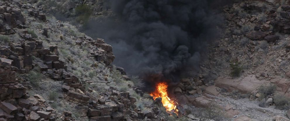 grand canyon helicopter crash 3 dead tour