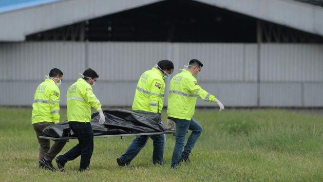 stowaways-on-ny-bound-flight-die-after-falling-from-landing-gear