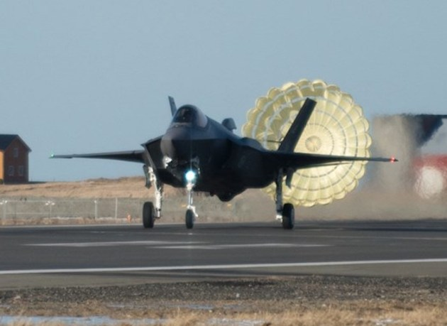 Norway Successfully Completes Operational Test of the F-35 Drag Chute System