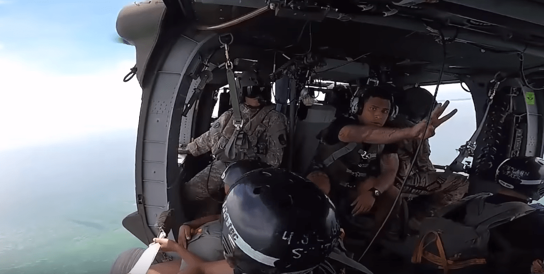 C:\Users\dougk\OneDrive\Documents\Websites\Fighter Sweep\Images\2018 May\Army_Paratroopers_Drop_Into_Biscayne_Bay