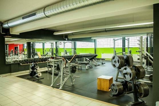 mirkos-gym-offenburg-fitness-center-krafttraining-cardio-sport-10