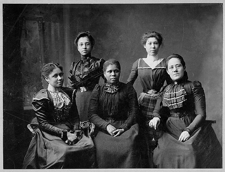 Five officers of the Women's League, Newport, RI